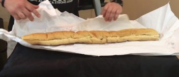 32-inch-new-orleans-cheeseburger-po-boy-review-youtube-thumbnail-364x156